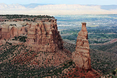 Photograph - Colorado National Monument 4 by Mary Bedy