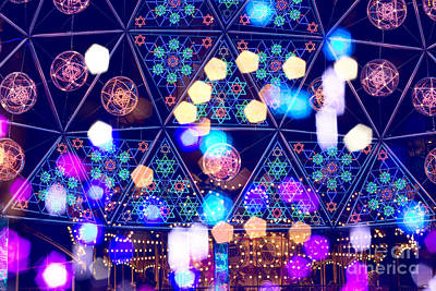 Colorful Psycedelic Lights And Shapes At Amusement Park Art Print