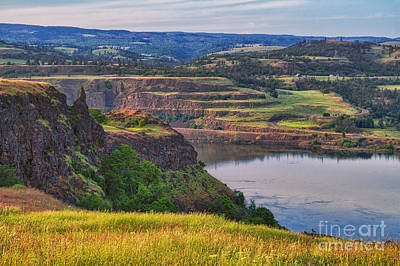 Photograph - Columbia River Gorge by Stuart Gordon