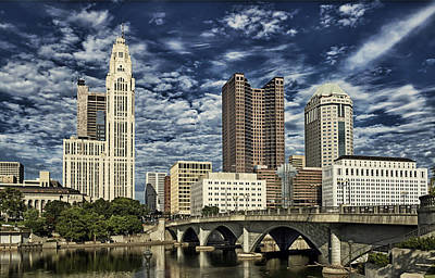 Columbus Ohio Photograph - Columbus Ohio Skyline by Mountain Dreams
