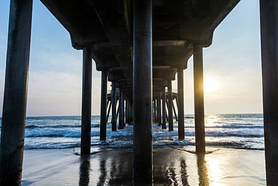 Roberto Photograph - Columns Of Huntington Pier by Vwpics - Roberto Lopez