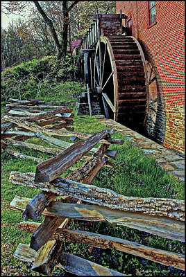 Colvin Run Mill Art Print by Suzanne Stout