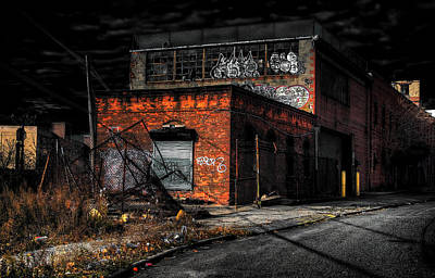 Greenpoint Photograph - Come Inside Im Waiting by Mike  Deutsch