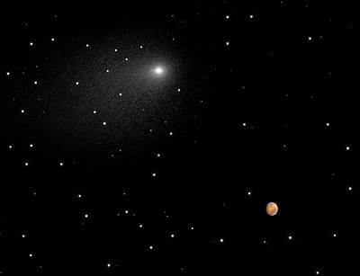 Photograph - Comet Siding Spring And Mars by Science Source
