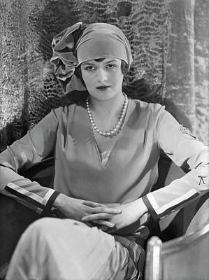 Cloche Photograph - Comtesse Gerard De Moustier Wearing A Reboux Hat by Edward Steichen
