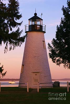Concord Point Lighthouse Print by Mark  Wall