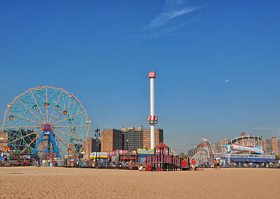 Photograph - Coney Island Astroland by Jim Poulos