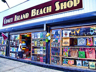 Brooklyn Storefronts Photograph - Coney Island Beach Shop by Nishanth Gopinathan