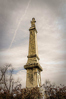 Photograph - Confederate Monument by Maria Coulson