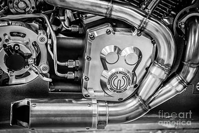 Confederate Motorcycle B120 Wraith Engine And Exhaust Pipe - Black And White Art Print