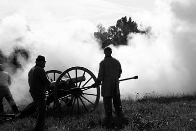 Confederate Twelve Pounder Fired - Perryville Ky Art Print