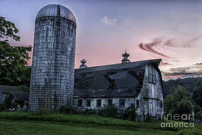 New England Dairy Farms Photograph - Connecticut's Verdant Litchfield Hills-classic Rustic Barn Scenic by Thomas Schoeller