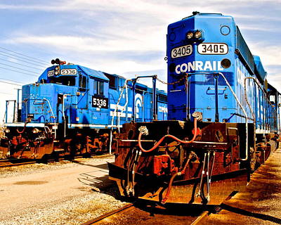 Caboose Photograph - Conrail Choo Choo  by Frozen in Time Fine Art Photography