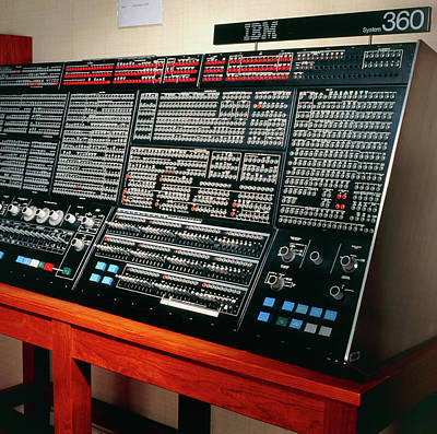 360 Wall Art - Photograph - Console Of An Ibm 360/195 Computer From 1971 by Sheila Terry / Rutherford Appleton Laboratory/science Photo Library