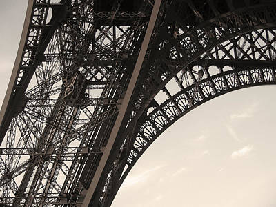 Briex Photograph - Construction Eiffel Tower by Nop Briex