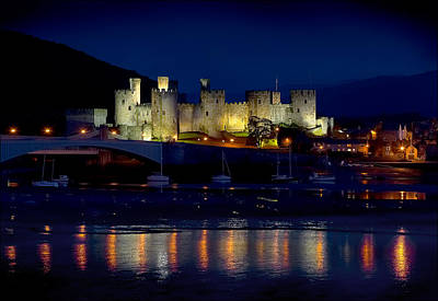Photograph - Conwy Castle At Night by Peter OReilly
