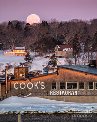 Bailey Island Photograph - Cook's Full Moon by Benjamin Williamson