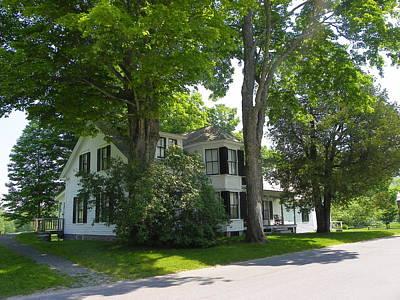 Photograph - Coolidge Homestead by Georgia Hamlin