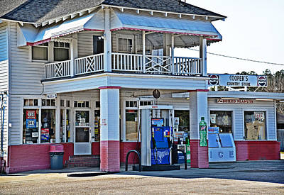 Photograph - Coopers Country Store by Linda Brown