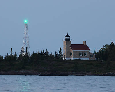 Photograph - Copper Harbor Lighthouse by George Jones
