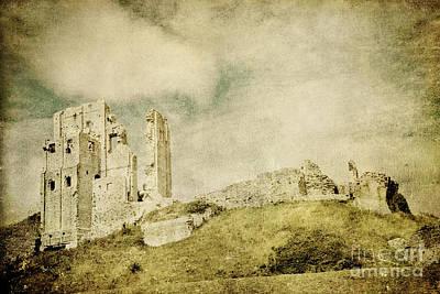 Corfe Castle - Dorset - England - Vintage Effect Art Print by Natalie Kinnear