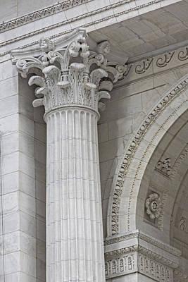 Photograph - Corinthian Column Detail by Susan Candelario
