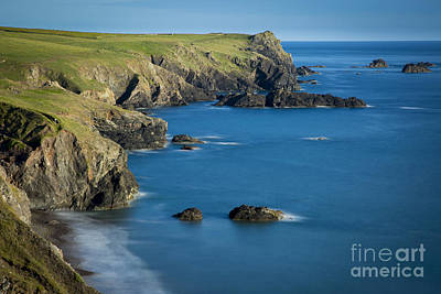 Kynance Cove Photograph - Cornwall Coastline by Brian Jannsen