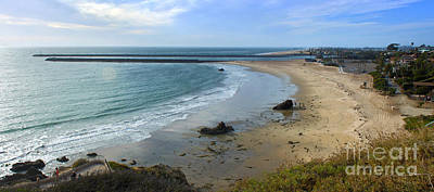 Gregory Dyer Photograph - Corona Del Mar Beach View - 02 by Gregory Dyer