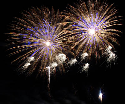 Fireworks Photograph - Coronation by Lester Phipps