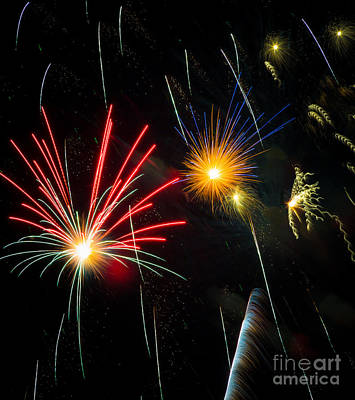 4th July Photograph - Cosmos Fireworks by Inge Johnsson