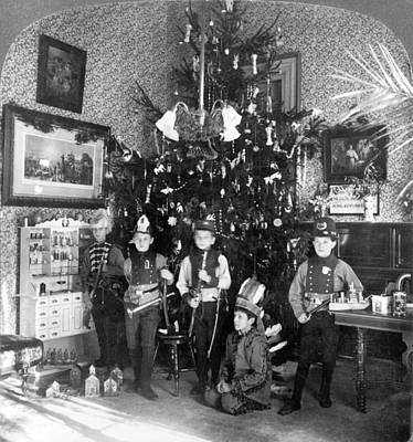 Photograph - Costumed Boys And Christmas Tree, 1905 by Science Source