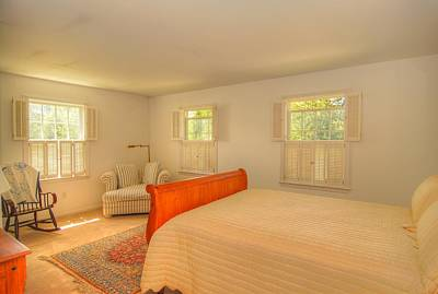 Bed Spread Photograph - Cottage Bedroom by Linda Covino