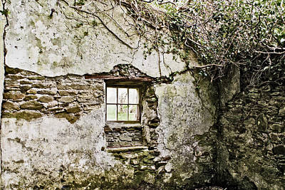Photograph - Cottage Window by E j Carr
