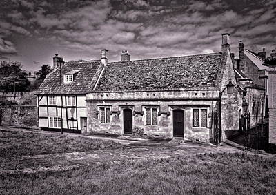Cottages Devizes -1 Art Print