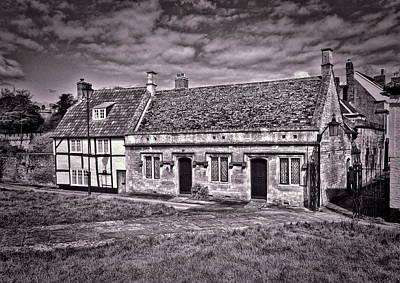 Photograph - Cottages Devizes -1 by Paul Gulliver