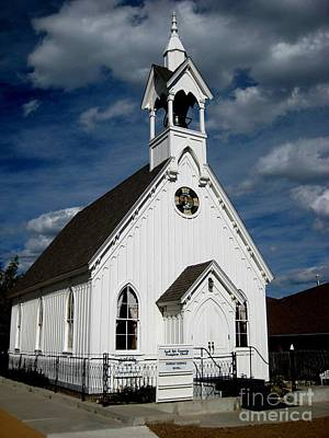 Photograph - Country Church by Claudette Bujold-Poirier
