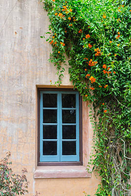 Photograph - Country Estate Window by Shannon Harrington