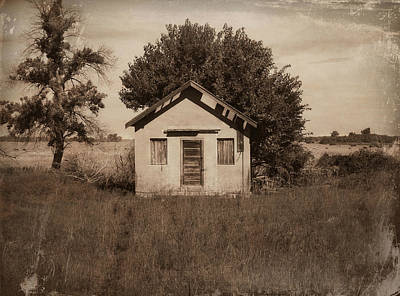 Country Schools Photograph - Nebraska School by Julie Hamilton