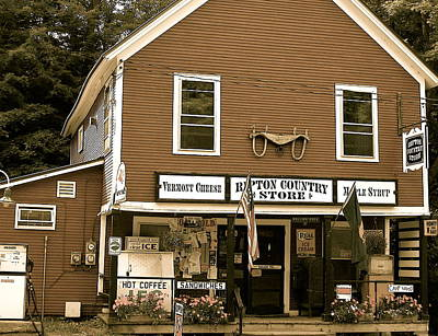 Valerie Paterson Wall Art - Photograph - Country Store by Valerie Paterson