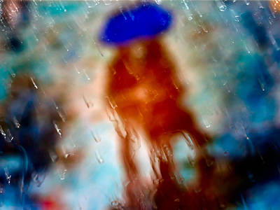 Photograph - Couple With Umbrella by Alfio Finocchiaro