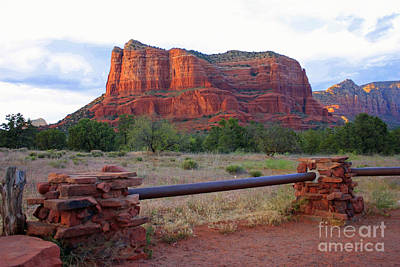 Photograph - Courthouse Butte In Sedona by Carol Groenen
