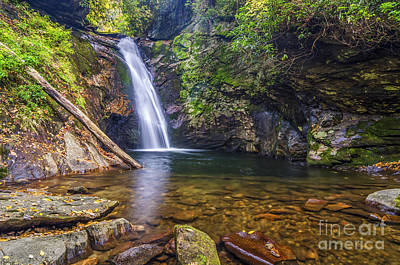 Photograph - Courthouse Falls by Anthony Heflin