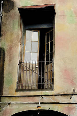 Photograph - Courtyard Balcony In French Quarter by Bradford Martin