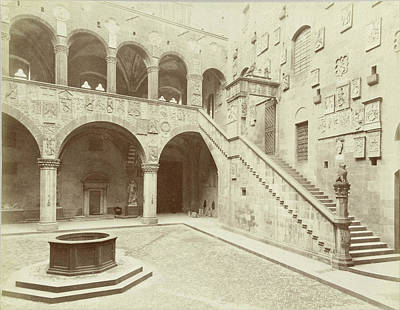 Courtyard Gallery Photograph - Courtyard Of The Palazzo Podestà In Florence Italy by Quint Lox