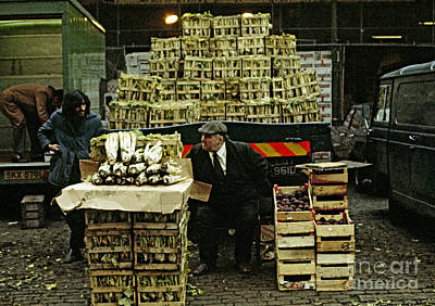 Covent Garden Market 1973 Art Print by David Davies