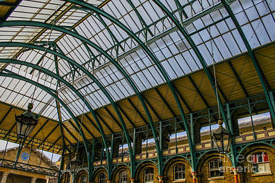 Photograph - Covent Garden Market by Patricia Hofmeester