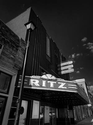Photograph - Covington Tn - The Ritz 001 by Lance Vaughn