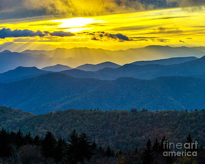 Photograph - Cowee Mountain Crepuscular by Anthony Heflin