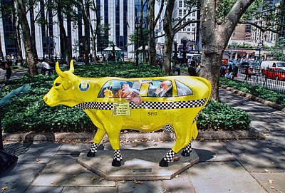 Photograph - Cow Parade N Y C 2000 - Taxi Cow by Allen Beatty