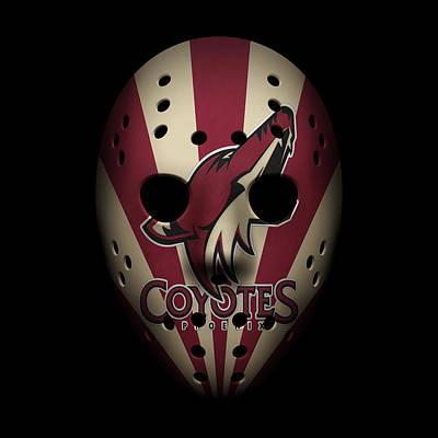 Hockey Photograph - Coyotes Goalie Mask by Joe Hamilton